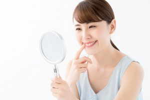 銀歯を白くするのにおすすめのセラミック治療